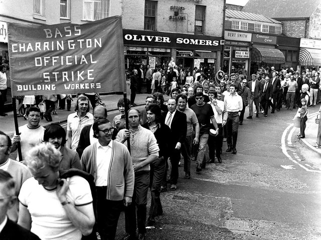 Wigan's tradesmen and building workers take to the streets to rally support for their strike action in 1972