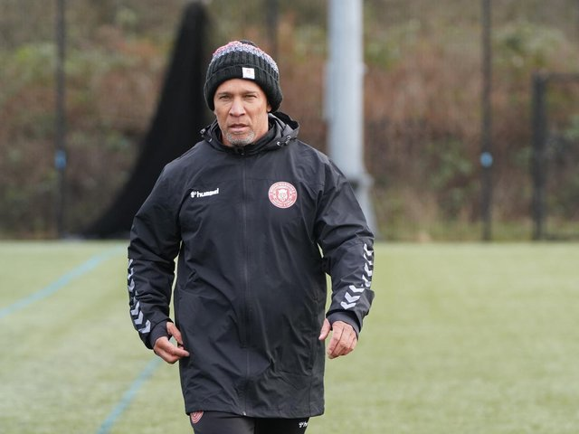 Coach Adrian Lam