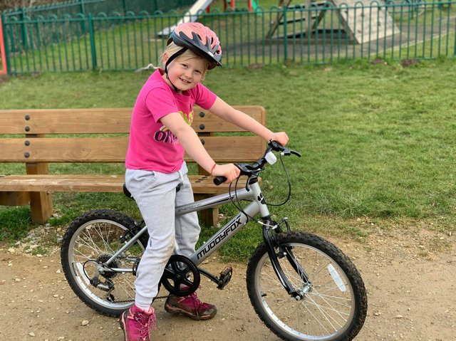 Alice Rowe cycled 13 laps in just one day
