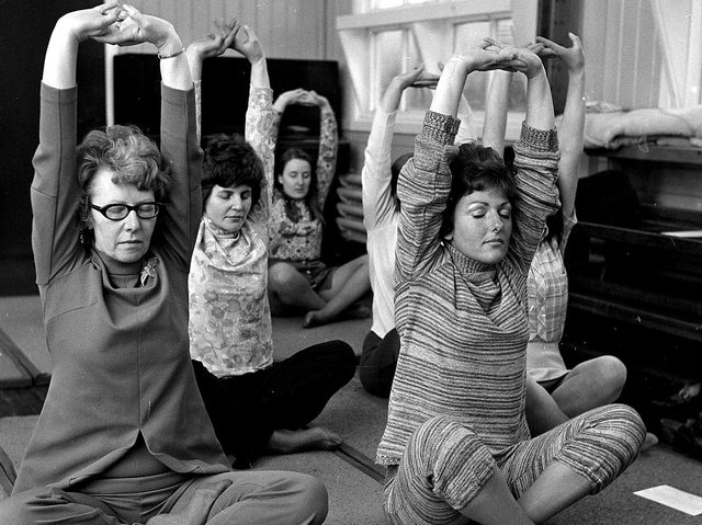 Yoga evening classes become popular in  Ashton during 1971
