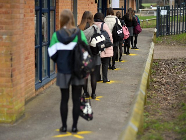 The NASUWT teaching union is calling on ministers not to water down guidance on face coverings in secondary schools