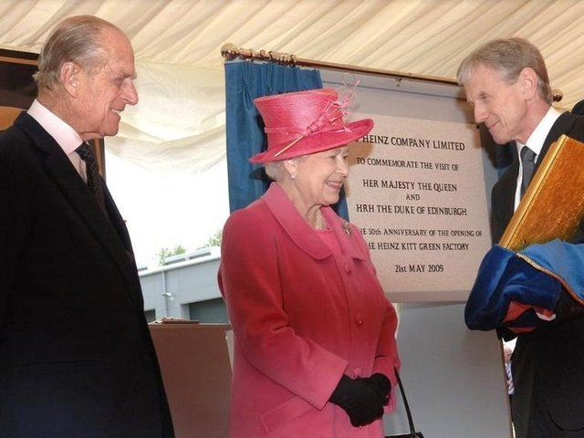 The Queen and Prince Philip visit Heinz in Kitt Green