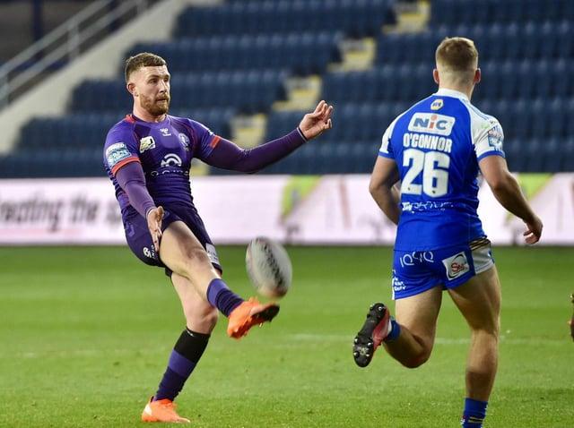 Jackson Hastings kicks