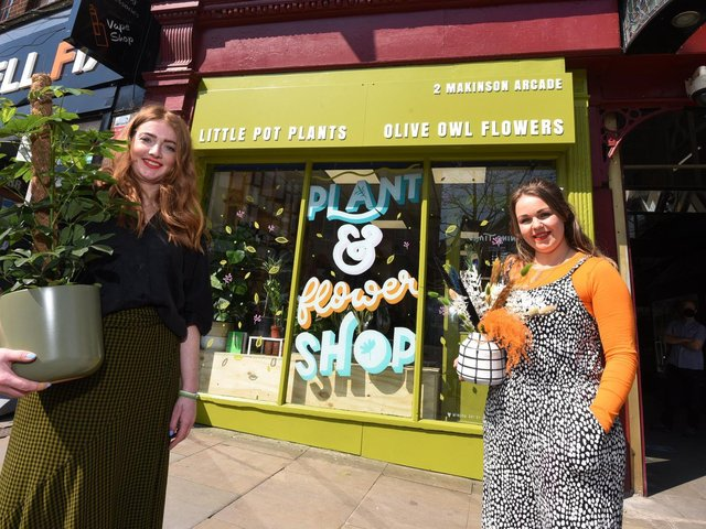 Amy Bithell of Little Pot Plants and Sarah McCaig of Olive Owl Flowers