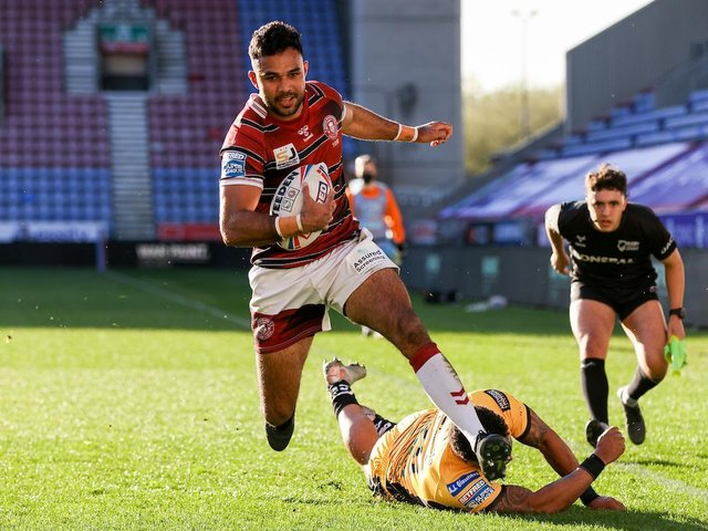 Bevan French goes over for a try. Picture: SWPix