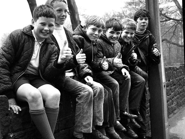 Wigan Rugby Union Club members stage their sponsored walk to Parbold in 1969
