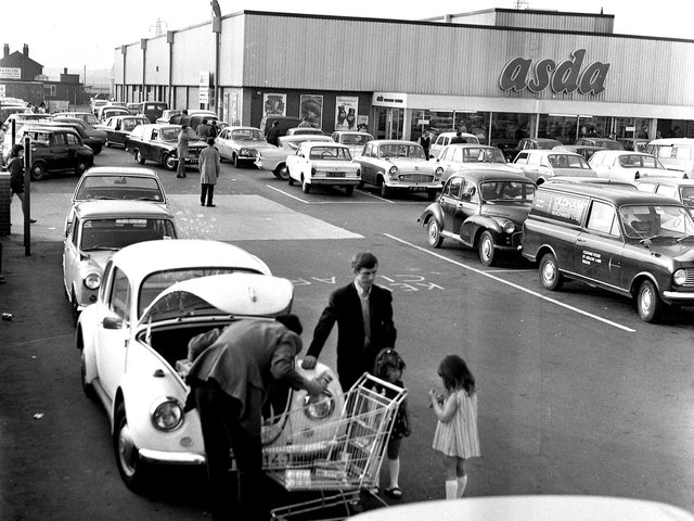 Late night shopping comes to Wigan Asda in May 1971