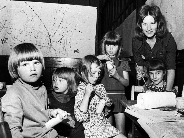 Worsley Mesnes Playgroup craft session.in 1974