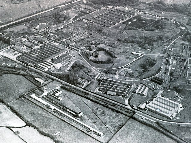 An aerial shot of the Heinz site in Kitt Green in the 1970s