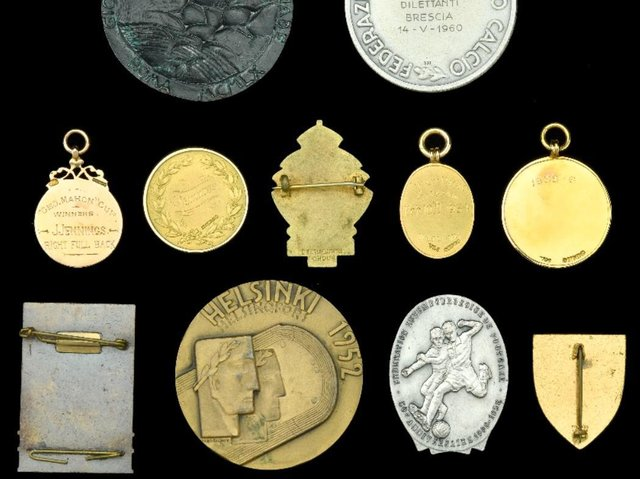 John Jennings' former possessions are among the items to go under the hammer. Image: Dix Noonan Webb