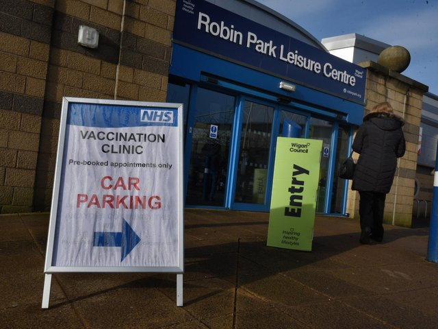Volunteers are needed at Robin Park Leisure Centre