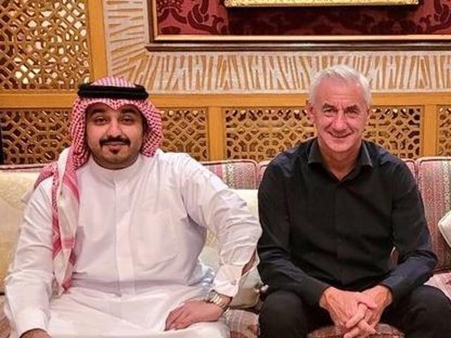 Talal Al Hammad, pictured with Liverpool and Wales legend Ian Rush (Pic: Talal Al Hammad twitter)