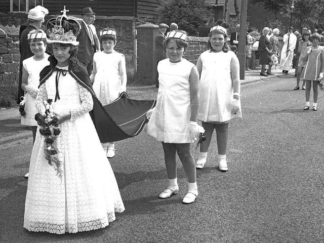 RETRO 1969  - St Francis Kitt Green walks