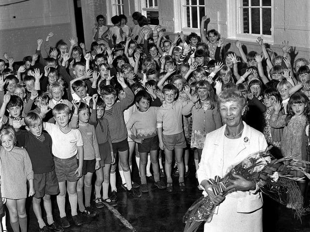 Retro 1970 - Highfield Junior School pupils say goodbye to their teacher Mrs Simm as she retired in 1970.
