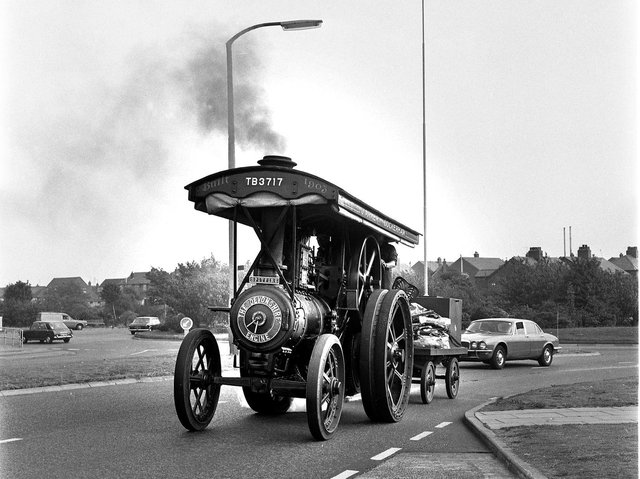 A steam traction engine makes its way through Marus Bridge in 1976