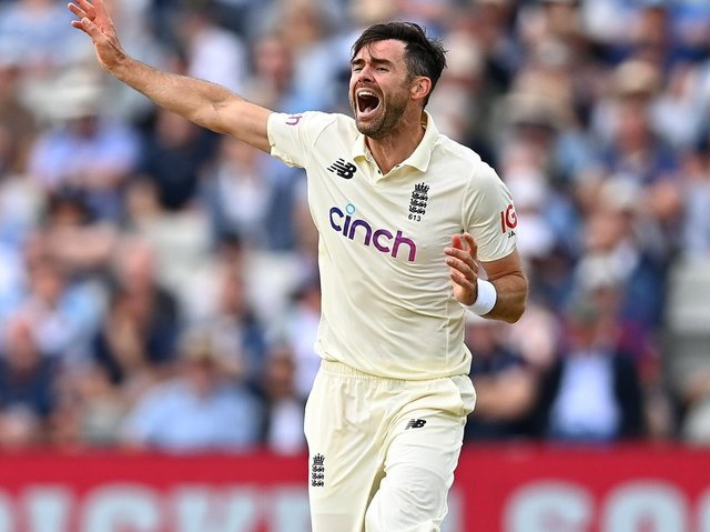 James Anderson returned to County Championship action for Lancashire with great success