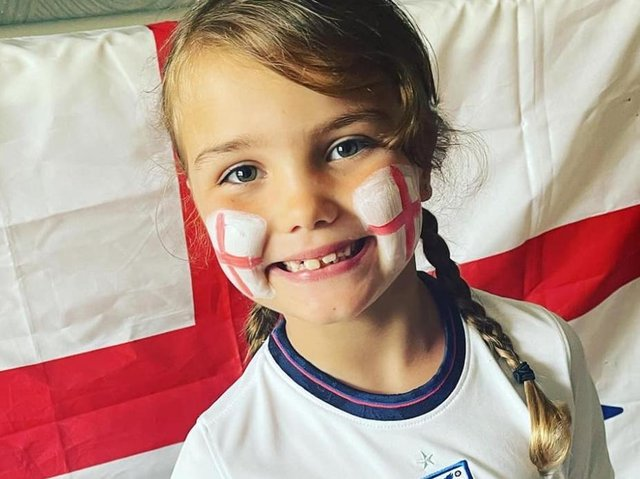 Posted by Nicola Fairhust: C'mon England get that trophy home from Ella, age 6